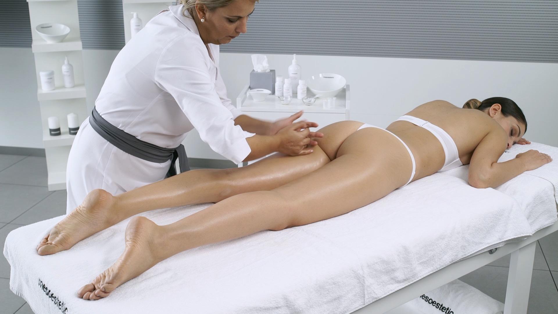 dokładny masaż wbiałym gabinecie